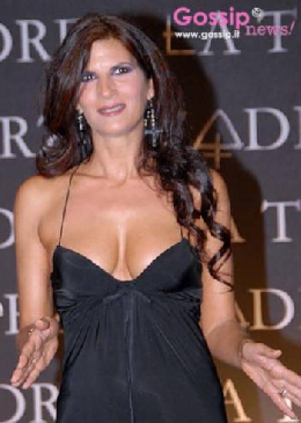 Calendario Pamela Prati.Pamela Prati Bisogna Esserci In Campo E Fuori Forza Roma
