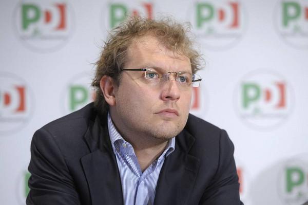 Roma, Raggi respinge le dimissioni dell'assessore all'Urbanistica