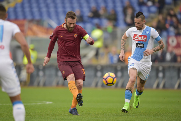 as-roma-v-ssc-napoli-serie-a-12