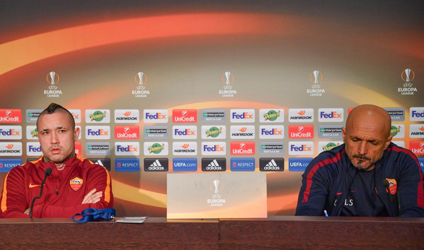 as-roma-training-session-and-press-conference-32