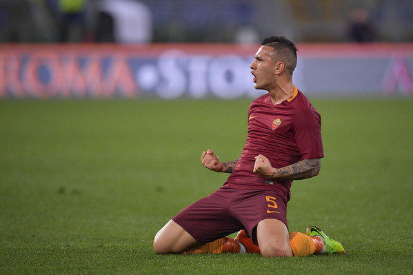 as-roma-v-us-sassuolo-serie-a-11