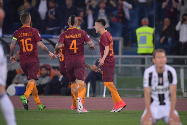 as-roma-v-juventus-fc-serie-a-18