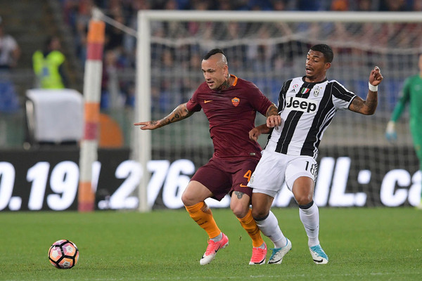 as-roma-v-juventus-fc-serie-a-48