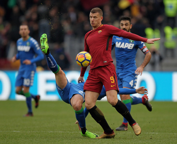 as-roma-v-us-sassuolo-serie-a-65