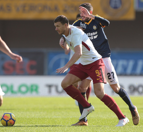 hellas-verona-fc-v-as-roma-serie-a-23