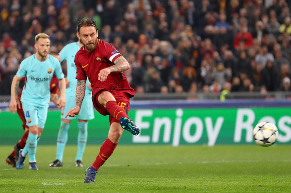 as-roma-v-fc-barcelona-uefa-champions-league-quarter-final-second-leg-17