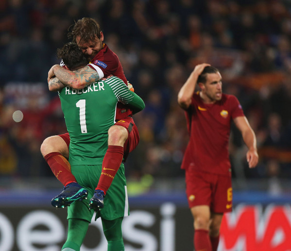 as-roma-v-fc-barcelona-uefa-champions-league-quarter-final-second-leg-30