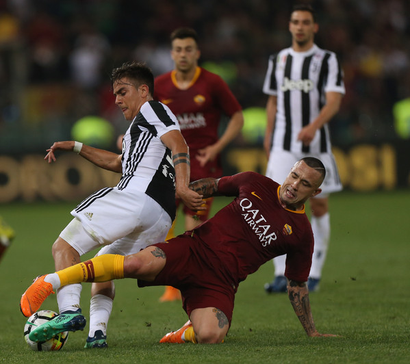 as-roma-v-juventus-serie-a-10