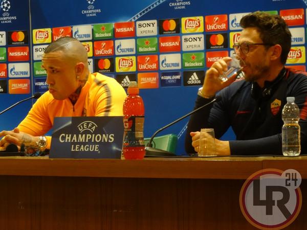 A testa altissima: la Roma esce dalla Champions battendo il Liverpool 4-2