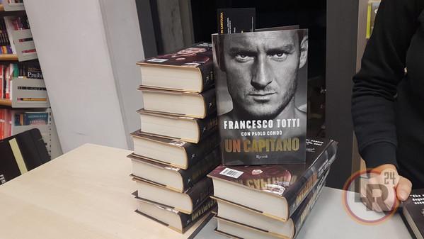 Roma, Totti racconta la rissa con Spalletti nell'autobiografia