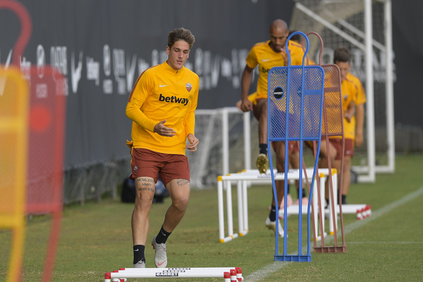 as-roma-allenamento-uefa-champions-league-4