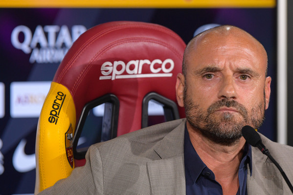 as-roma-conferenza-stampa-gianluca-petrachi-4