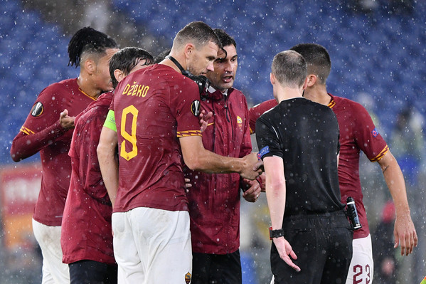 as-roma-vs-borussia-monchengladbach-europa-league-20192020-30