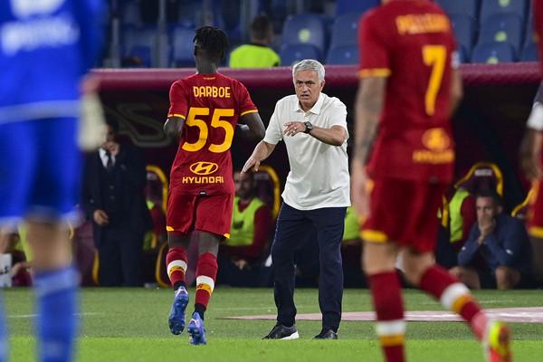 Mourinho dà fiducia a Darboe come ricambio di centrocampo